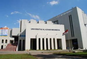 universitas swasta al azhar jakarta